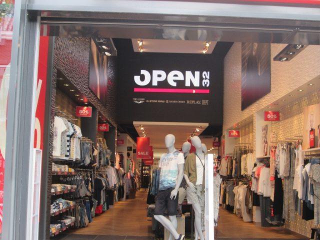 Open 32